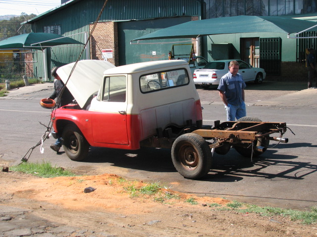 1963-international-bakkie-lexus-v8-conversion