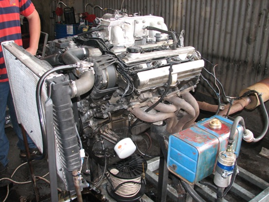 1UZ Lexus V8 engine benchtested