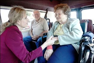 retirement-homes-shuttle