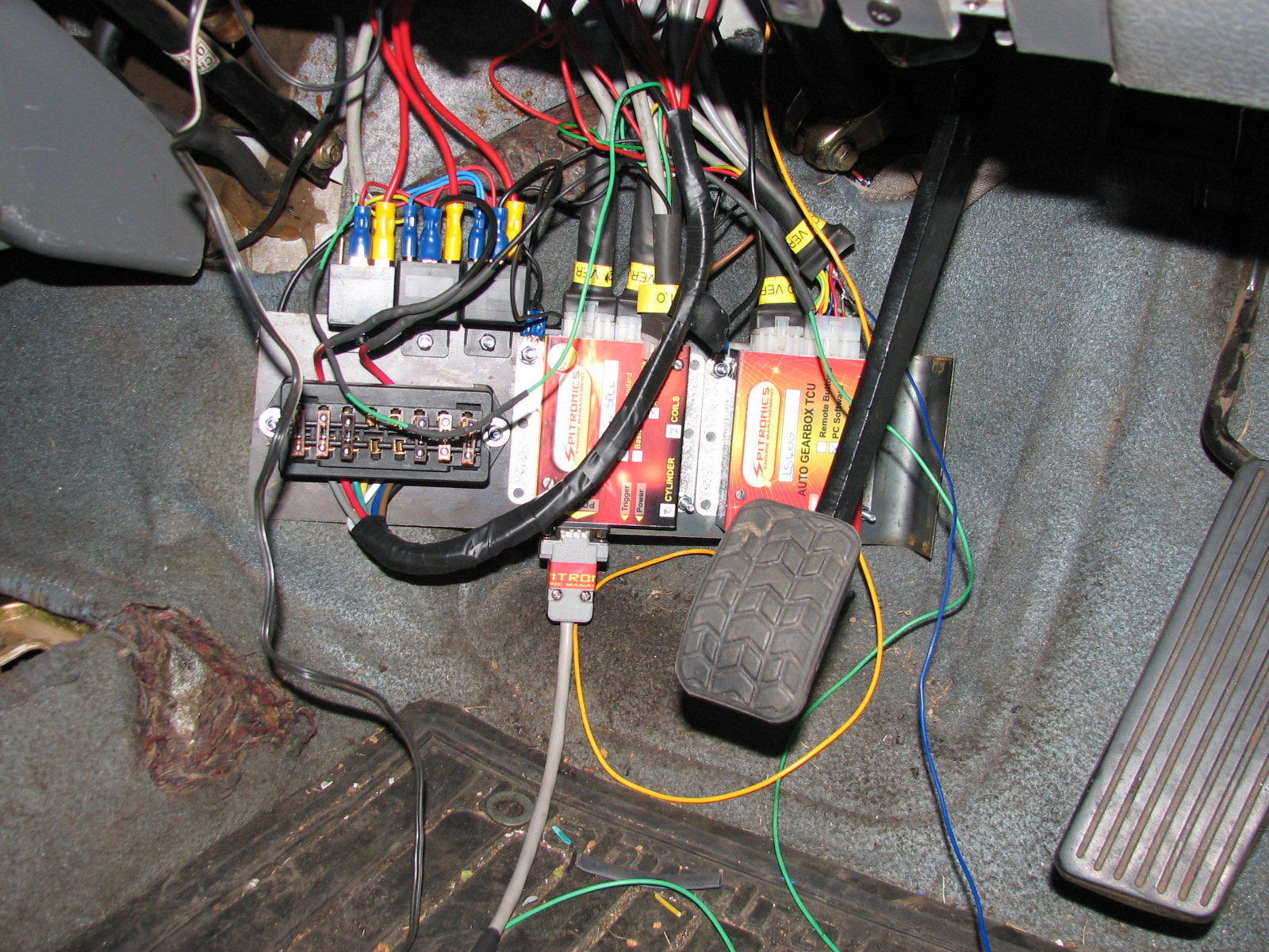 ECU & TCU wiring comming together in the vehicle
